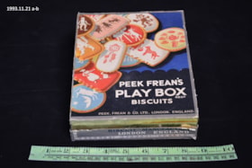 Biscuit Tin (artifacts1399)
